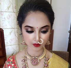 Bridal Makeup Institute in Bangalore