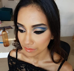 Self Makeup Classes in Bangalore